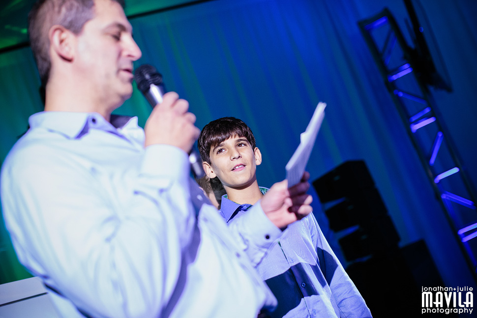 24-mavila-photography-south-florida-weston-dor-dorim-bar-mitzvah-Speech.jpg
