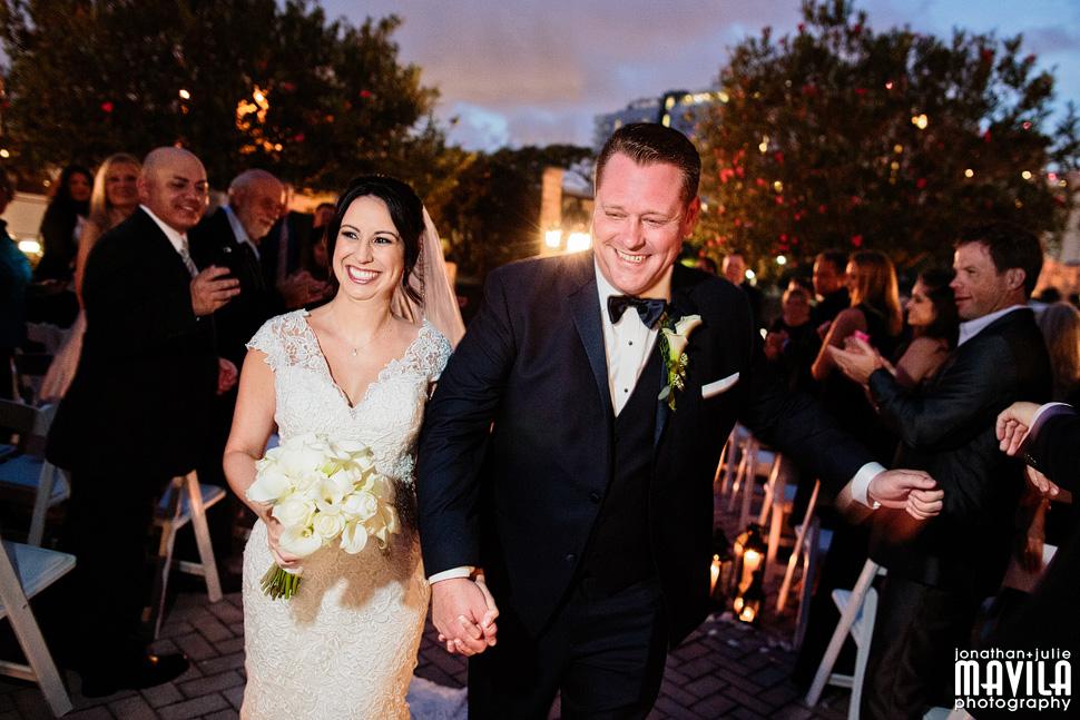 21-Riverside-Hotel-Las-Olas-Ceremony-Wedding-Photos.jpg
