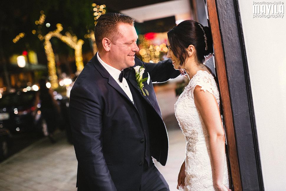 22-Riverfront-Las-Olas-Wedding-Portraits.jpg