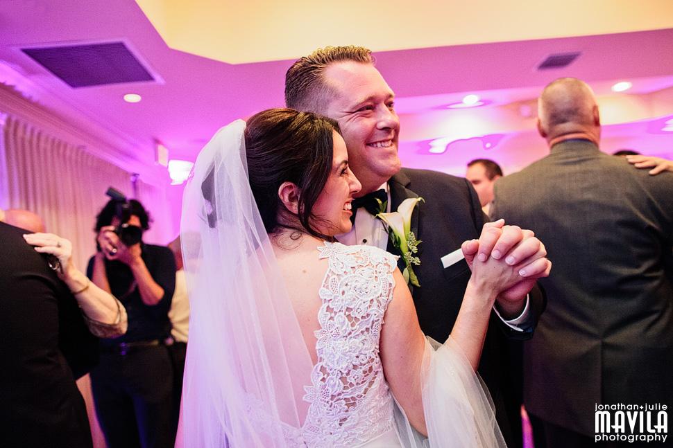 27-Riverside-Hotel-South-Florida-First-Dance-Wedding.jpg