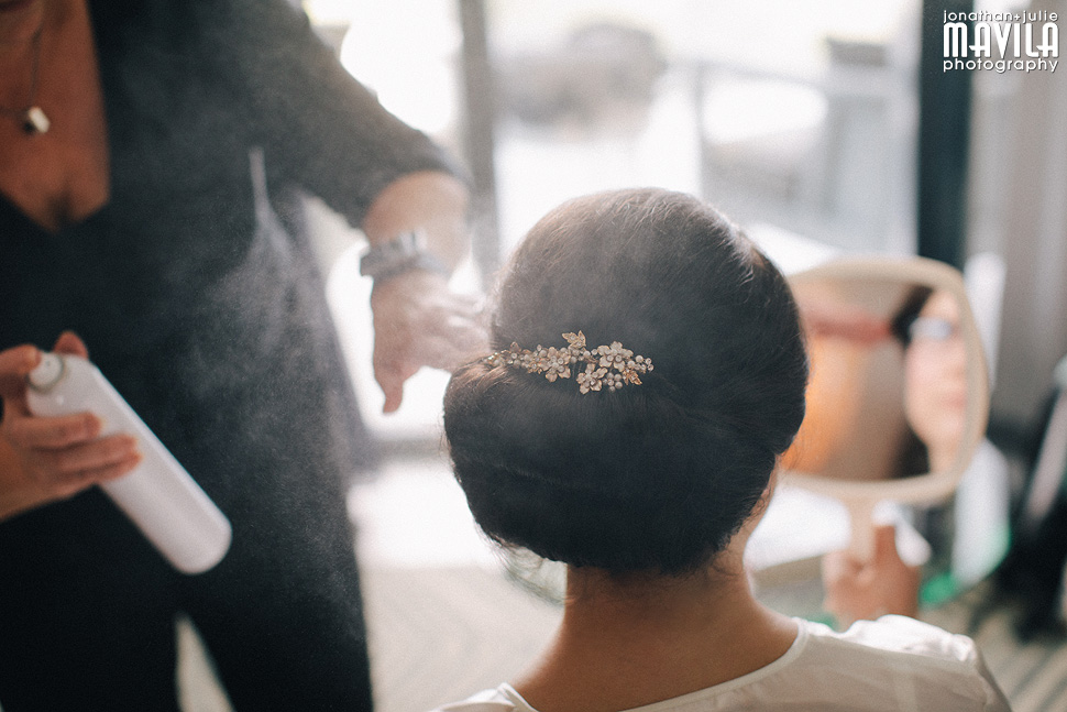 08-Mavila-Photography-Wedding-Bridal-Hair-Getting-Ready.jpg