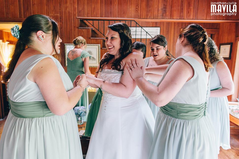 10-lichgate-on-high-road-tallahassee-florida-wedding-bridesmaids-venue-cottage.jpg