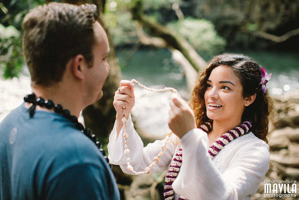 03-Mavila-Photography-Engagement-Photography-Twin-Falls-Maui.jpg