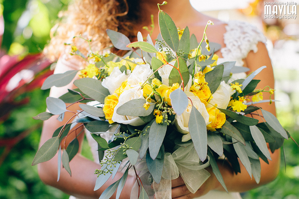 34-Wedding-Bouquet-Maui-Hawaii-Mavila-Photography.jpg